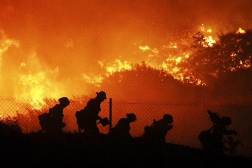 Wildfires Spread Through Southern California: Pictures