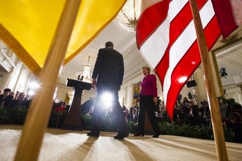 Obama, Merkel Discuss Ukraine Crisis