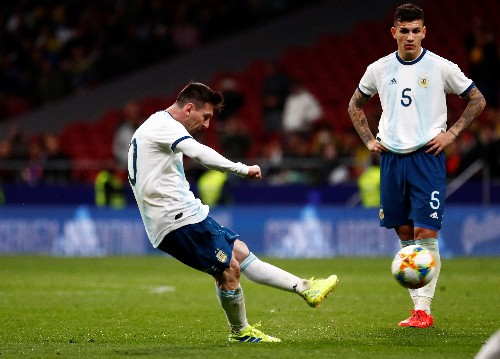 Soccer: Messi injured on return as Argentina lose 3-1 to Venezuela