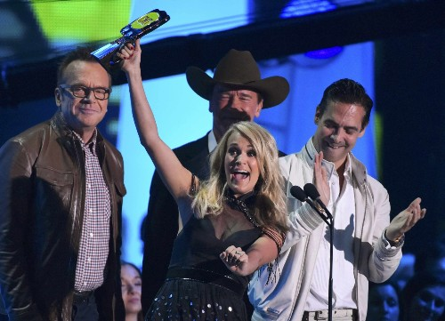 2015 CMT Music Awards in Pictures