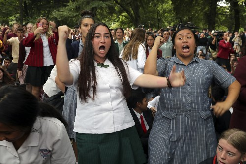 'Rise up!' NZ students heal with haka after mosque attacks