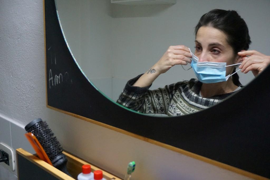 Torn between duty and fear - an Italian doctor fights coronavirus