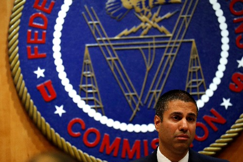 U.S. court deals setback to FCC push to revamp media ownership rules