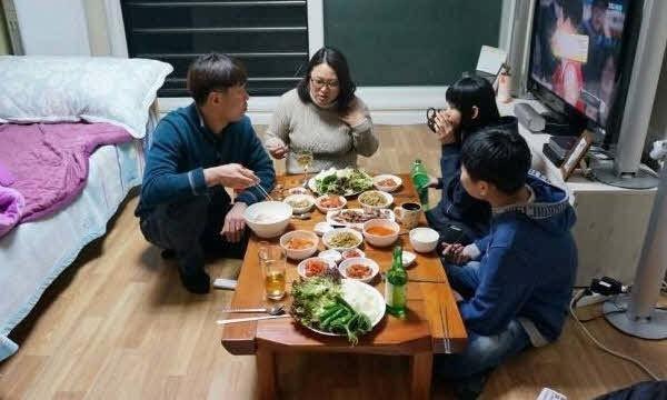 """""""남은 아이에 화, 그러면 안 되는데"""" 세월호 참사 이후 유가족들 '살아있음에 대한 죄책감'"""