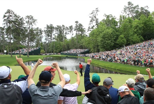 Tiger Wins A Masters For The Ages: Pictures