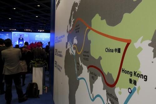 Китай говорит, что его Новый шелковый путь не является геополитическим инструментом
