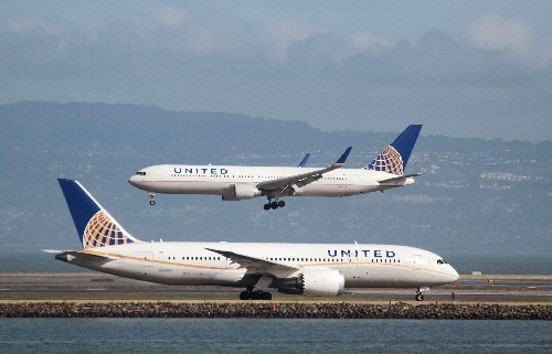 U.S. agency says United pilot posted explicit photos of flight attendant online
