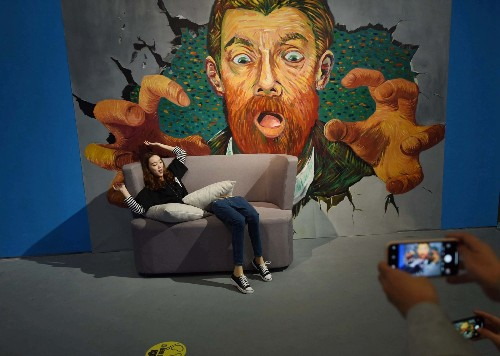 Immerse Yourself in a Van Gogh Exhibition