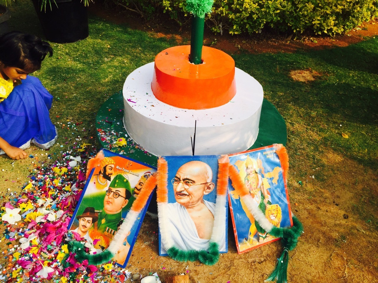 Paying homage to the great leaders how helped india become an independent republic #iphoneography #india