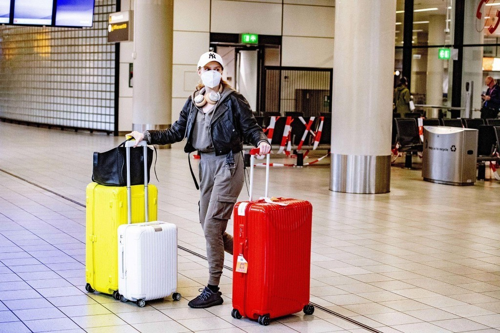 How to Travel Safely as Lockdowns Lift