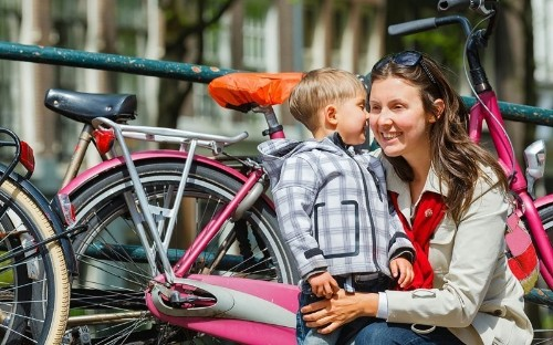 How Dutch Parents Raise Free-Range Kids