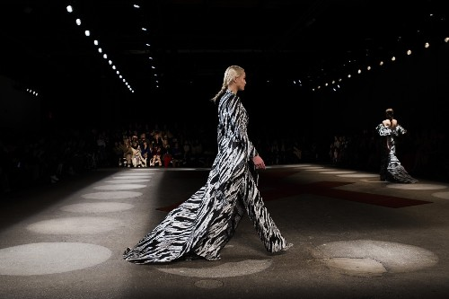 New York Fashion Week Rolls On: Pictures