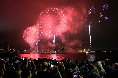 July 4th Fireworks Around the Country: Pictures