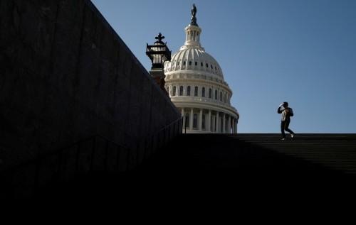 Key U.S. senators in battle over Trump impeachment trial testimony