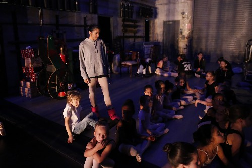 Miami ballet school a haven for Venezuelan dancing diaspora
