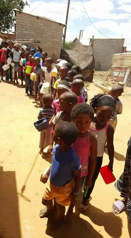 Mamosa poverty projects for the poor. Going to have their lunch