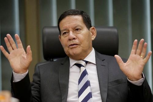 """ENTREVISTA-Presidente deve dar """"ordem unida"""" nos filhos depois de acertar situação de Bebianno, diz Mourão"""