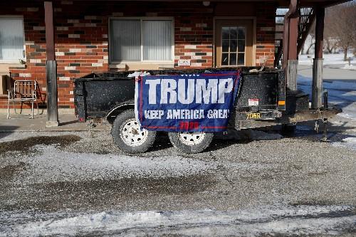 Despite lack of primary threat, Trump 'going big' in Iowa