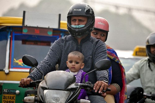 India proposes electrifying motorbikes, scooters in 6-8 years - source
