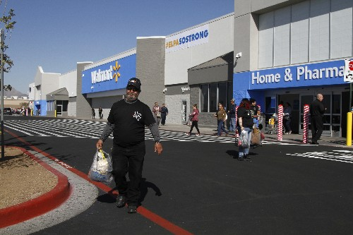 Walmart hires off-duty officers ahead of El Paso reopening