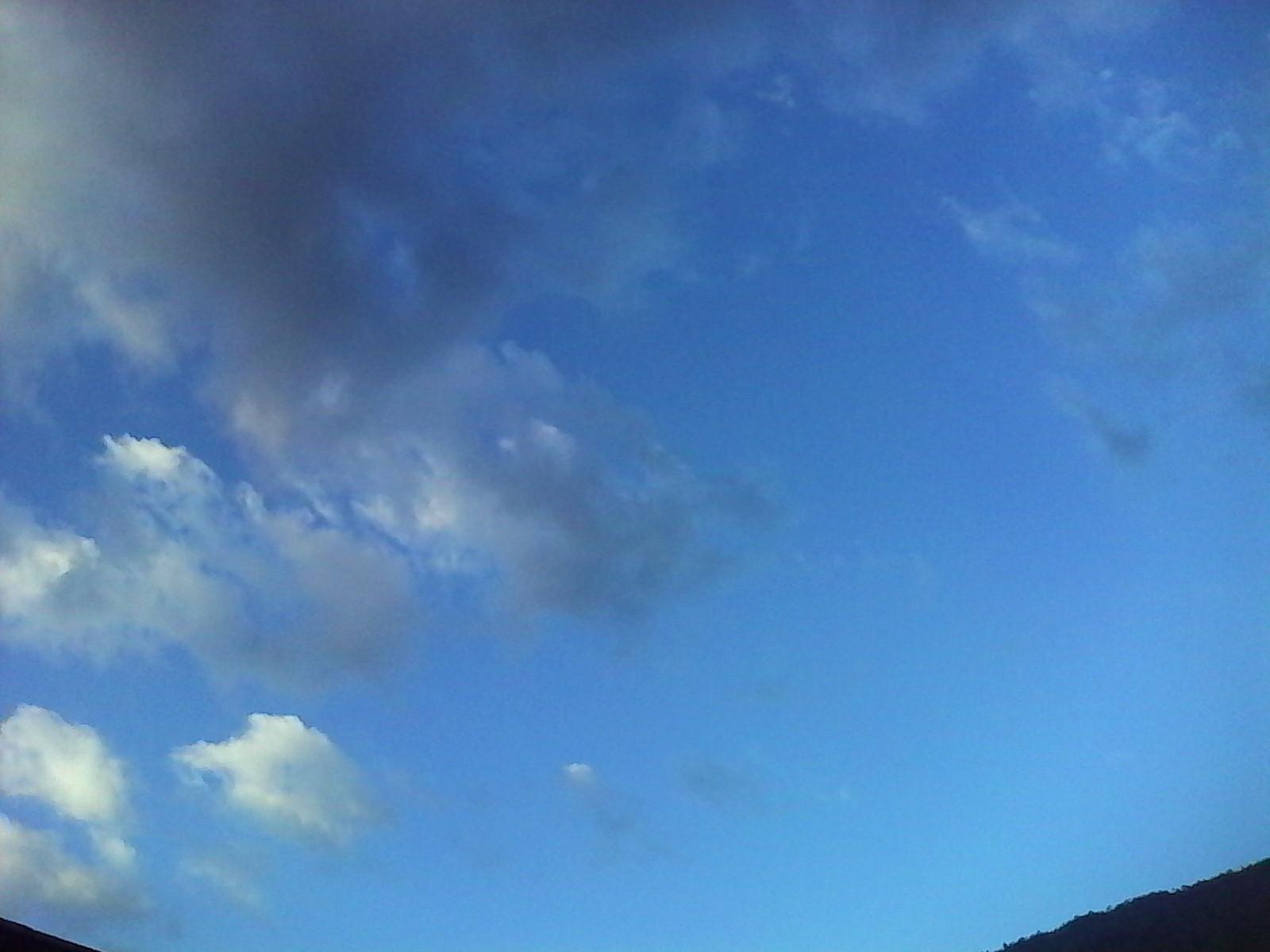 Nuestro cielo en pleno domimgo