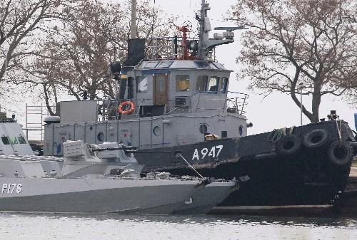 Kremlin rebuffs call to release Ukrainian sailors