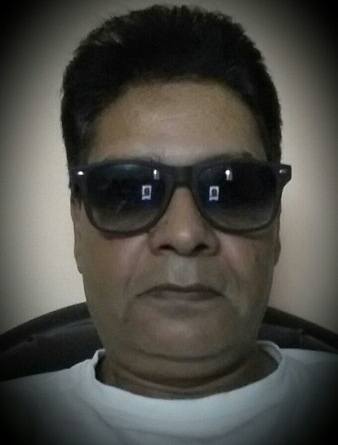 I don't meet people by accident :::::They are meant to cross my path for a reason :::::::Jyotirmoy Banerjee