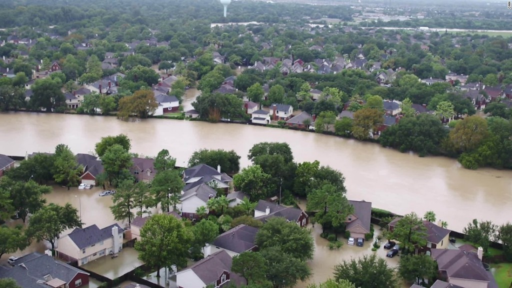 Man who repaired Harvey-flooded homes dies of flesh-eating bacteria