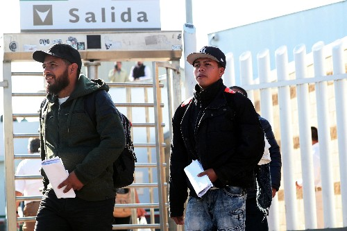 Trump asylum policy gets temporary reprieve from Court of Appeals