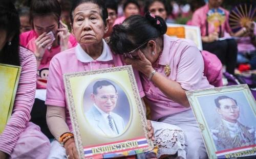 Thailand's King Bhumibol Adulyadej dies, ending reign of world's longest serving monarch