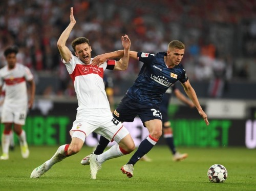Soccer: Stuttgart held by battling Union Berlin in playoff first leg