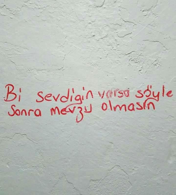Iyi Kelimeler - Magazine cover