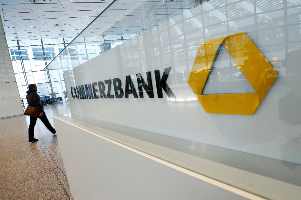 Commerzbank poaches Deutsche Bank's Knof as new CEO