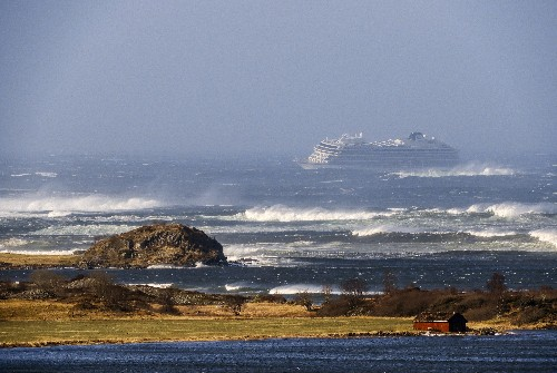The Latest: 2nd ship needs rescue off Norway's western coast