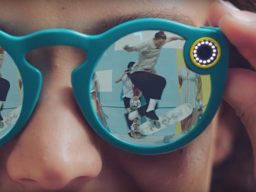 Here's what we know about how Snapchat's new camera glasses work