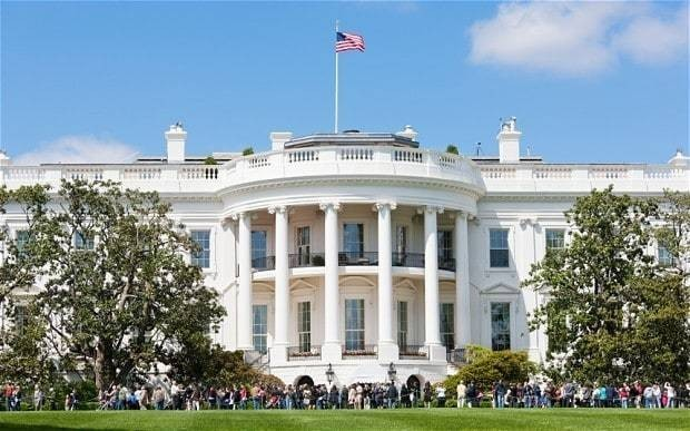 Sensitive White House computers 'hacked'