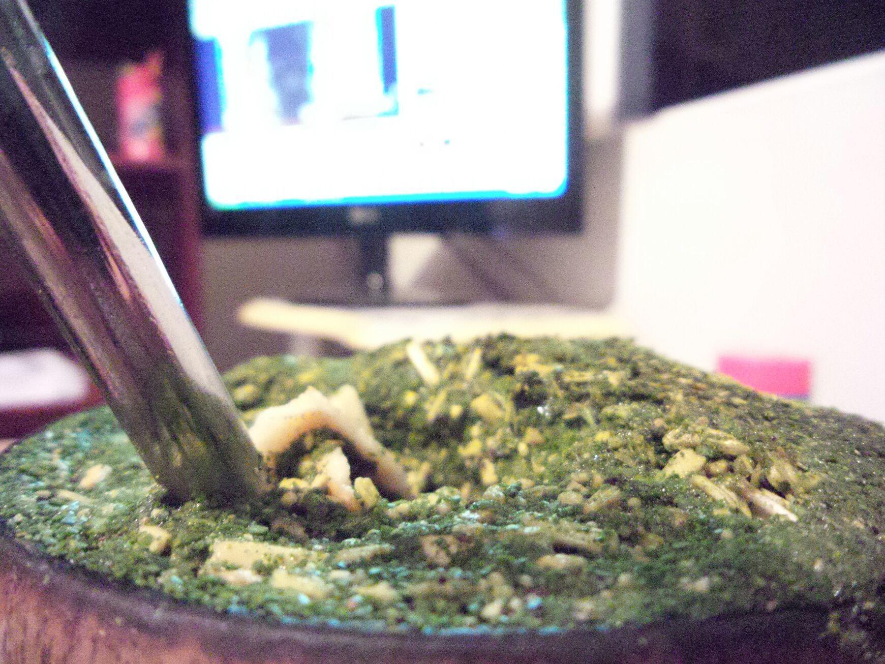 Boa noite ^-^ um bom chimarrão vem sempre bem nesse frio.... nativo do nosso Paraná essa bebida sempre nos aquece *-*