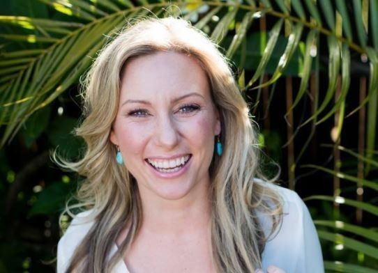 After Minneapolis police officer fatally shoots Australian woman, her relatives plead for answers