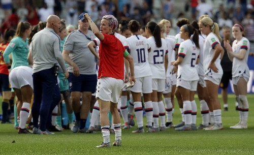 Trump calls out Rapinoe for comments about White House visit