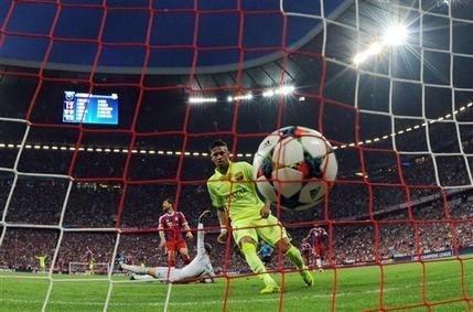 Barcelona advances to 1st Champions League final since 2011