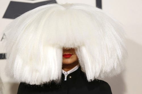 Hot Celebrities Arrive for the Grammys