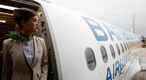 Birdies on a plane: Vietnam's Bamboo airways banks on golf resorts for success