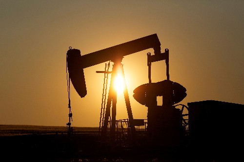 Oil majors rush to raise billions in debt as crude prices sink