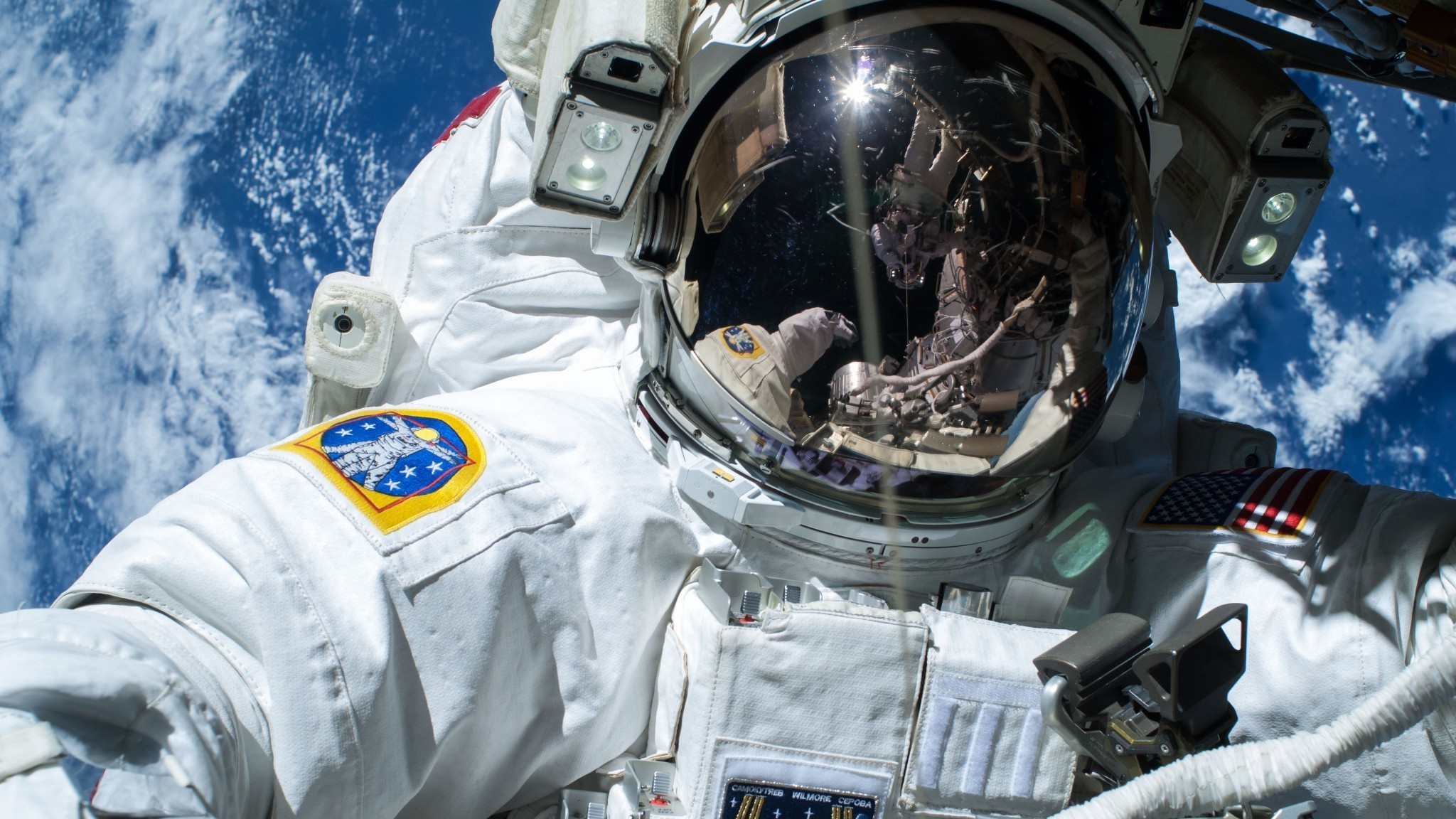 What It's Really Like To 'Walk' In Space