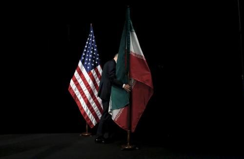 США планируют ввести полный запрет на импорт иранской нефти