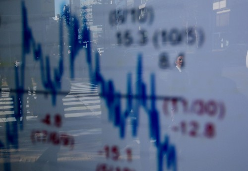 Trade talk hopes and shutdown deal buoy global stocks