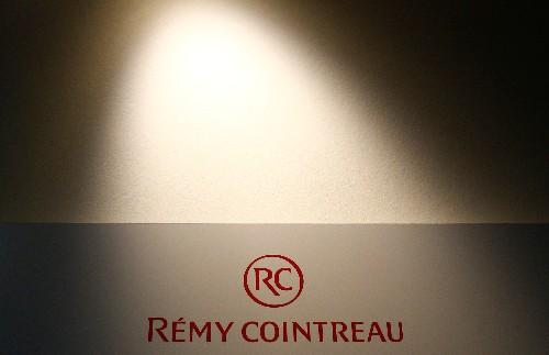 Remy Cointreau sieht sich auf Kurs