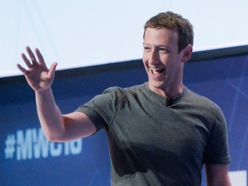 Facebook working on a plan to pick news from favored media partners like Snapchat
