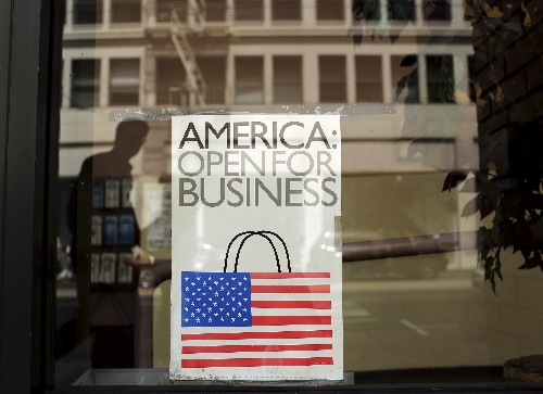 U.S. retail sales ease fears over economy; rate cut still seen