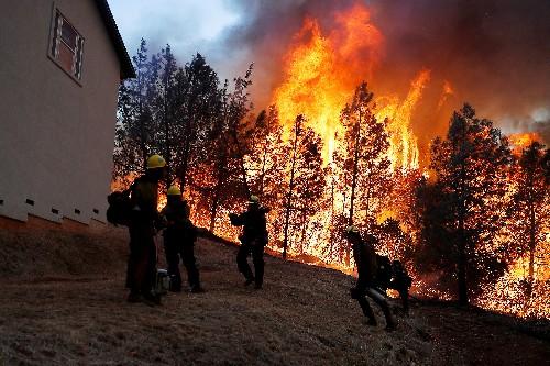 السلطات: ارتفاع عدد ضحايا حرائق كاليفورنيا إلى 9 قتلى